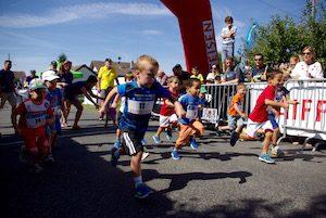 Départ de la course de 400 mètres