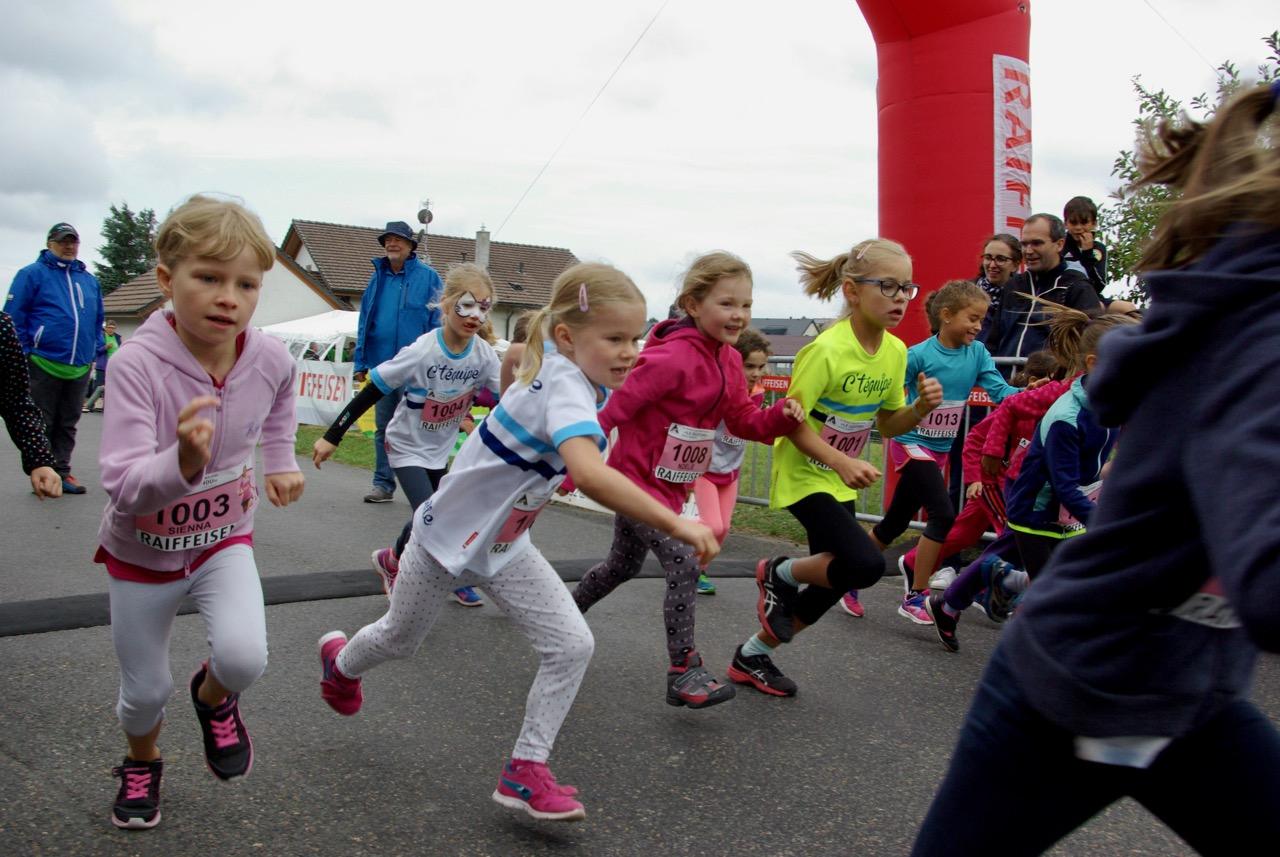 Départ de la course des 800 mètres