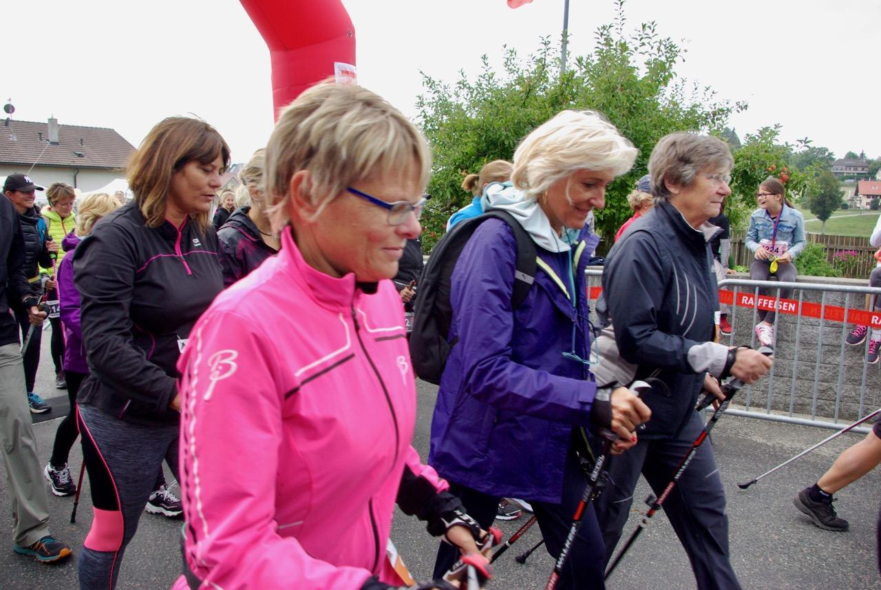 Départ de la catégorie Nordic walking